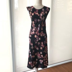 Aritzia Wilfred 100% silk floral maxi dress 2